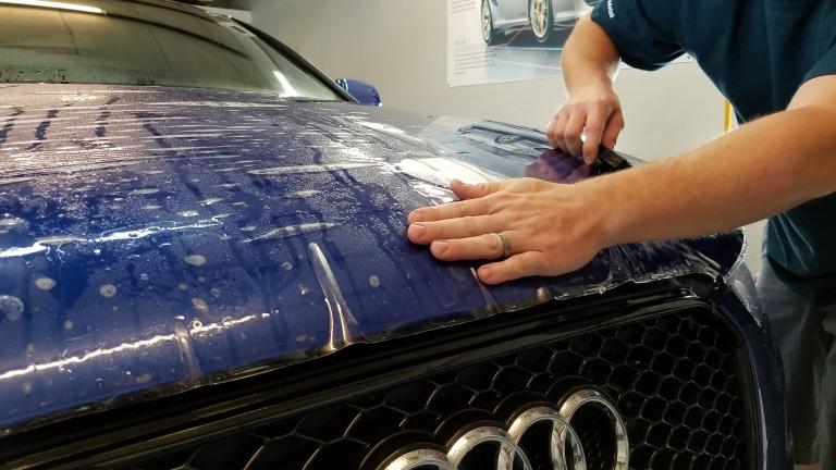 Installing PPF on Audi hood