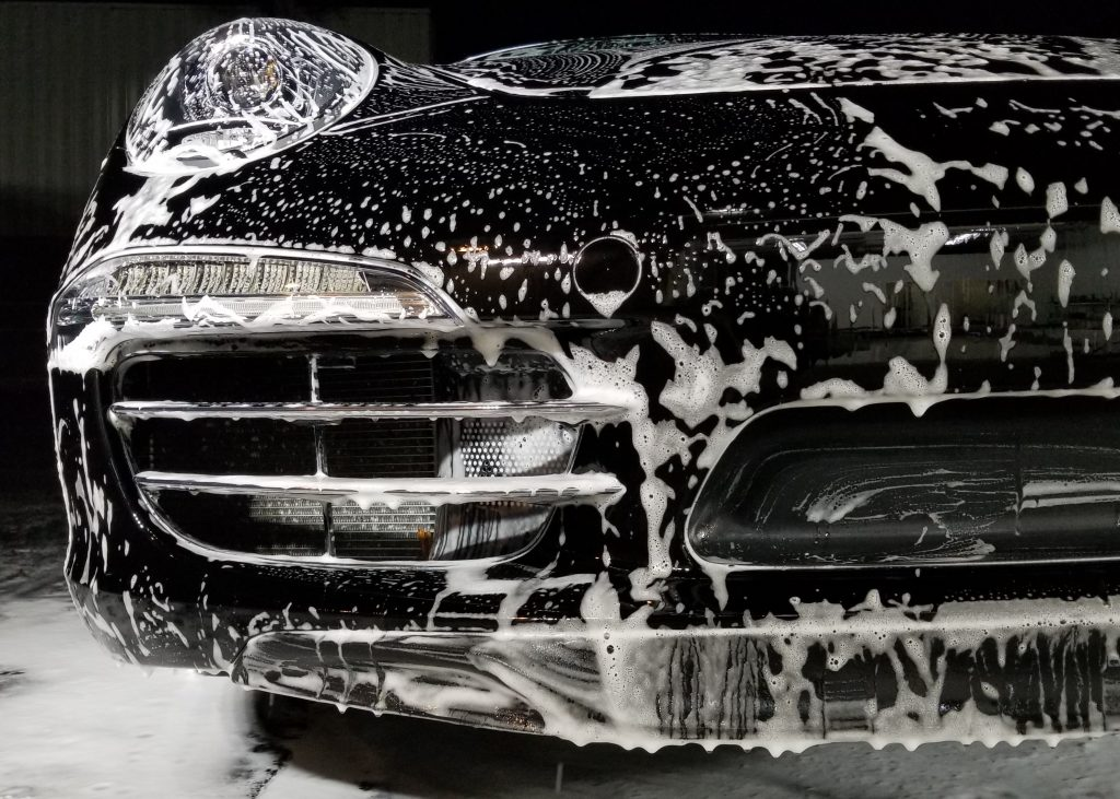 Hand Wash on a Carrera S
