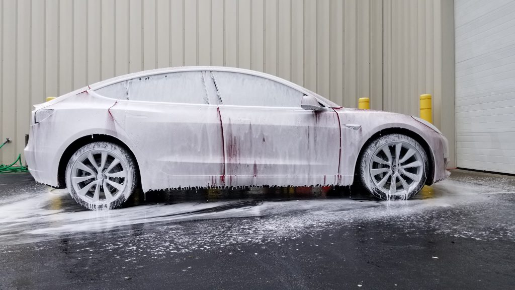 Tesla Model 3 foam wash prep